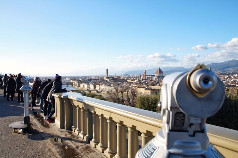 Piazzale Michelangelo Firenze Florenz Florence Italy Florence Firenze, Italy Firenze Railing Coin-operated Binoculars Sky Outdoors Day Architecture Built Structure Cityscape City Stories From The City EyeEmNewHere 17.62°