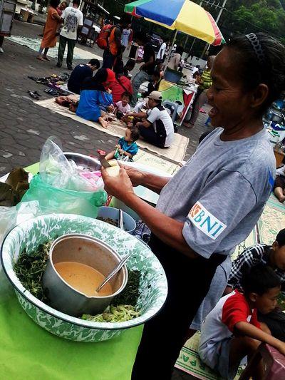sunday market Sunday Surakarta