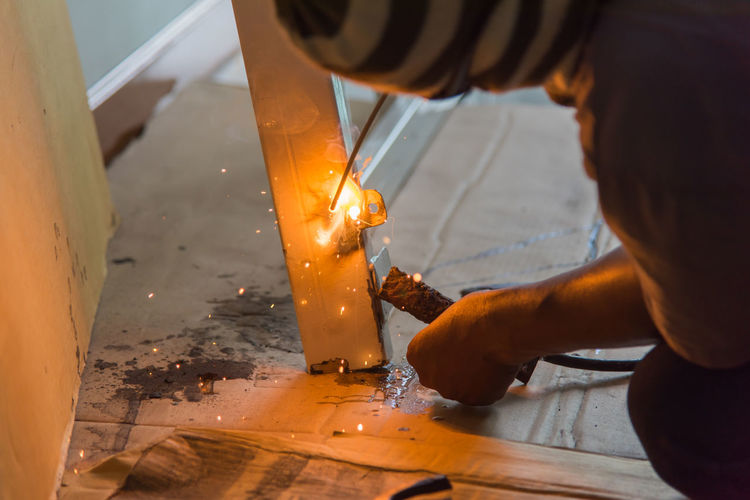 Building Construction Construction Site Cute Damage Fire Metal Spark Sparkle Sparkler Sparkling Window Worker Worker At Work Working