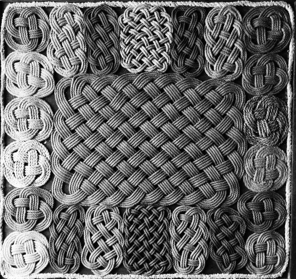 Textured  Rope Art Knots Pattern
