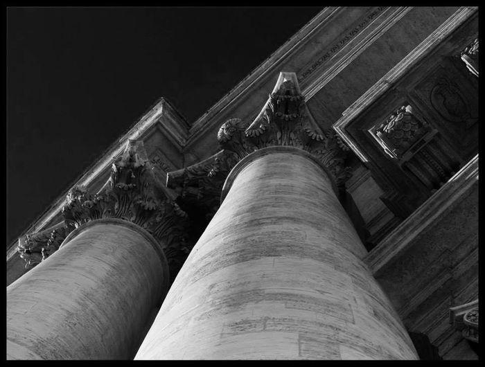 @ Ernesto Galizia Contemporary Art colonne di San Pietro-Roma