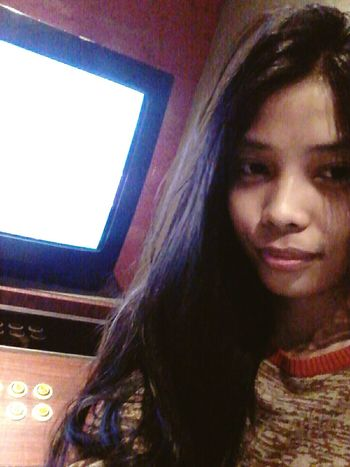 Hi! That's Me Singing Karaoke Love Song