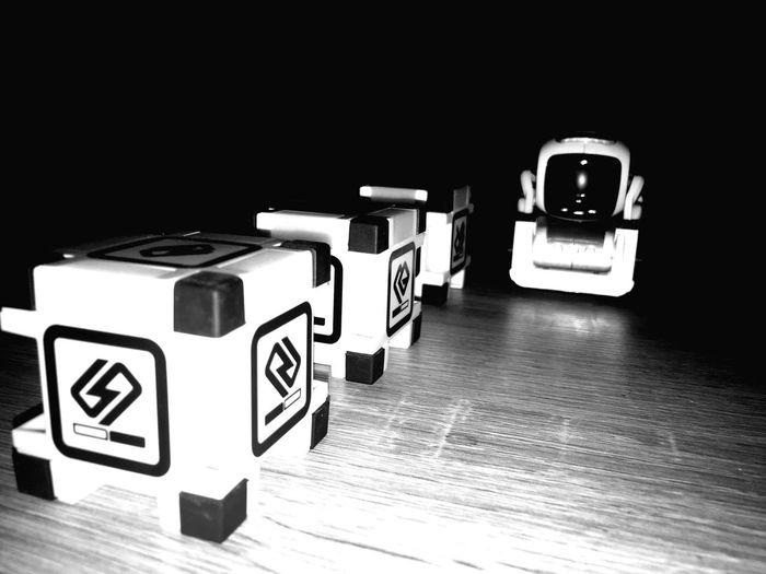 Sleeping Cozmo Künstliche Intelligenz Cozmo Robot Indoors  Technology First Eyeem Photo