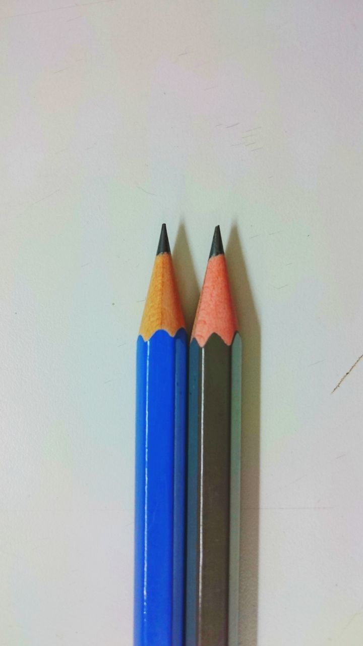 pencil, still life, colored pencil, multi colored, wood - material, white background, office supply, variation, education, studio shot, no people, pencil sharpener, indoors, close-up, pencil shavings