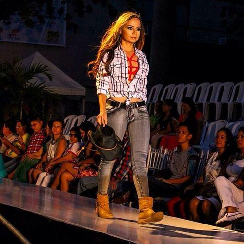 Pasarela Jeans House Neiva Expo Moda