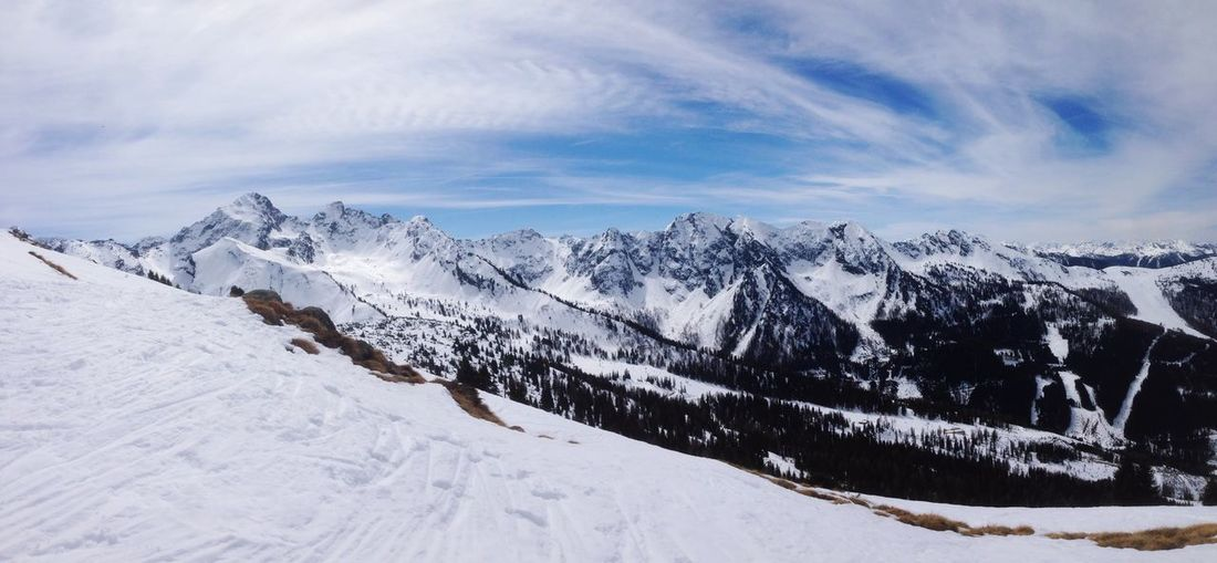 Last day of the season Schladming Wagrain Flachau Austria Alps Mountains Mountain View Snow Sun Winter Skiing Snowboarding Nature Sky Traveling Travel Traveltheworld Panorama Hello World Check This Out Eyemphotography EyeEm Nature Lover EyeEm Best Shots Instructorlife