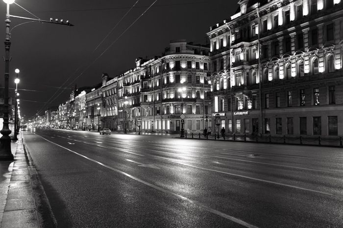 Streets of St. Petersburg. Fujifilm_xseries Black And White Photography Blackandwhite Black And White Black & White Black Streetphotography Streetphoto_bw EyeEm Best Shots - Black + White Street Street Photography Russia Showcase: February Fujifilm EyeEm Fujixclub FujiFilm X100 FujiX100T Petersburg Stpeters Stpetersburg Cities At Night