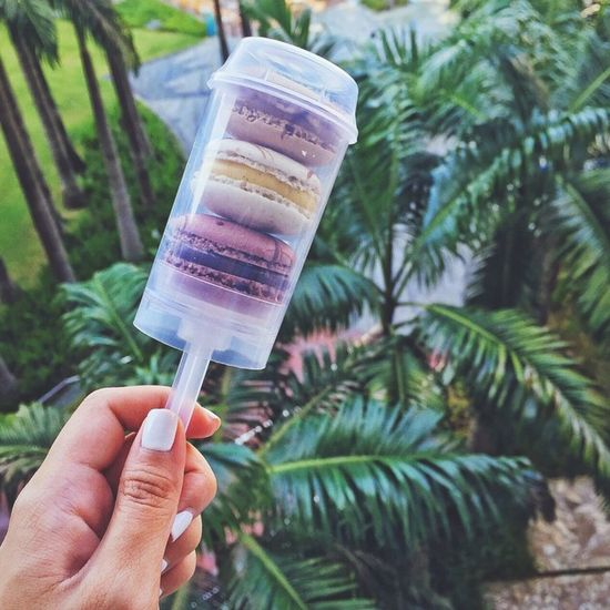 Macarons pops anyone? Yummy Delicious Sweet Tooth Macaroons Food Taking Photos Photo Happy Kiddo :)  Color Portrait