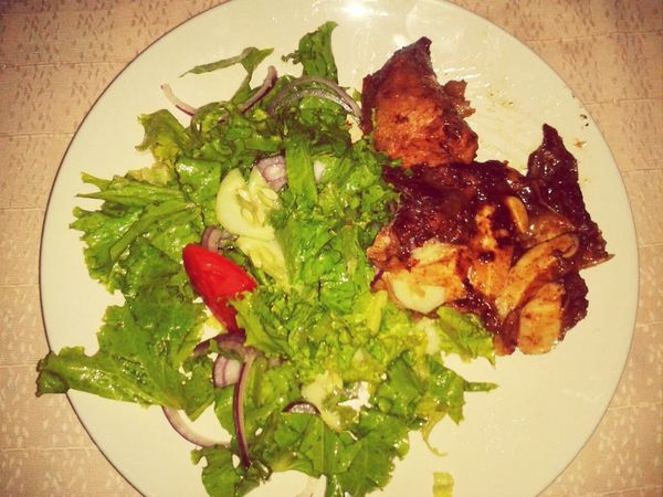 Ensaladita Meat Rico almuerzo de domingo :)