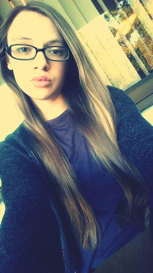 Hairs getting so long! Longhairdontcare Selfie Brunette Photography