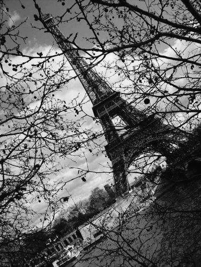Paris Eiffel Tower <3 b&w