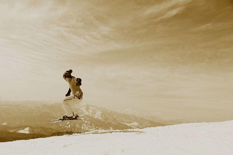 Sepia Jump