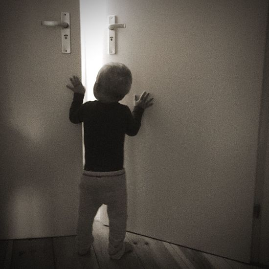 Baby Light And Shadow Blaxkandwhite Hello World Toddler  Door Black & White Hi!