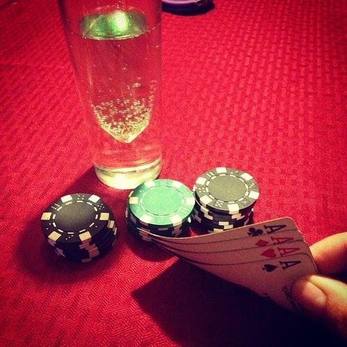 Have a good hand Pokernite Poker Night