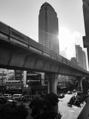 Morning Morning Light Bangkok Thailand. Sunlight Thonglor Bangkok Thailand Summer Hot Day Condominium Day Bike