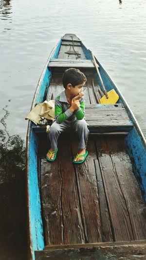Dal Lake Children Streetphotography Kashmir Shikararide Shikara Lake View Faces Of Summer
