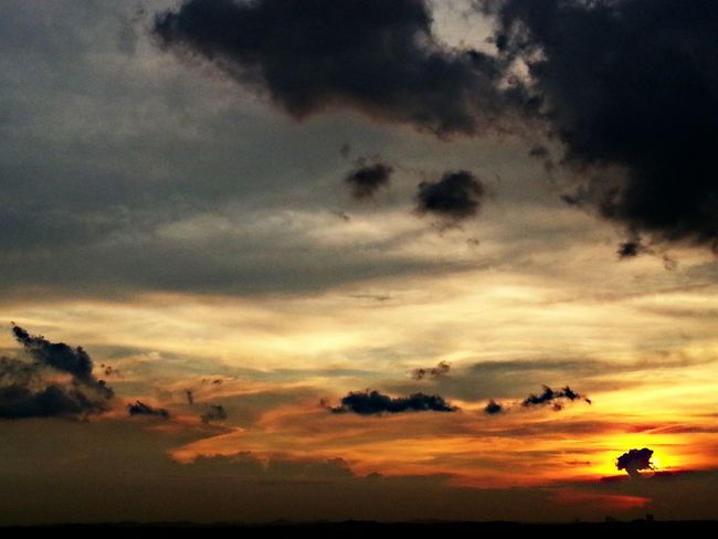 After Sunset 220514 Sky And Clouds Popular Photos Singapore Sunset Silhouettes