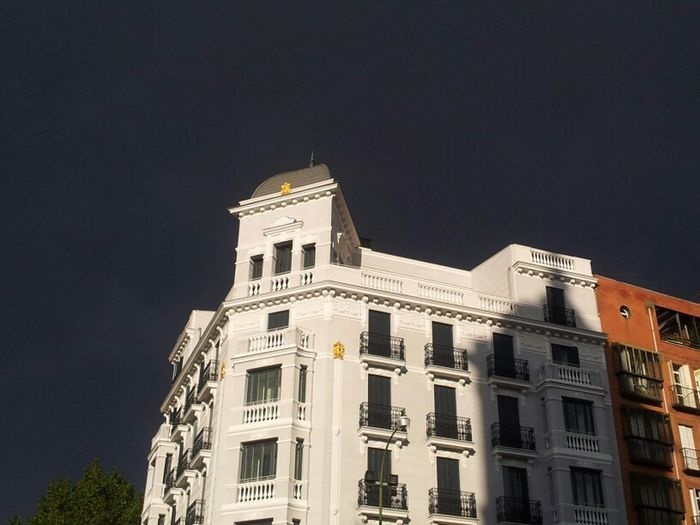 #architecture #arquitectura #madrid #edificios #sky #clouds