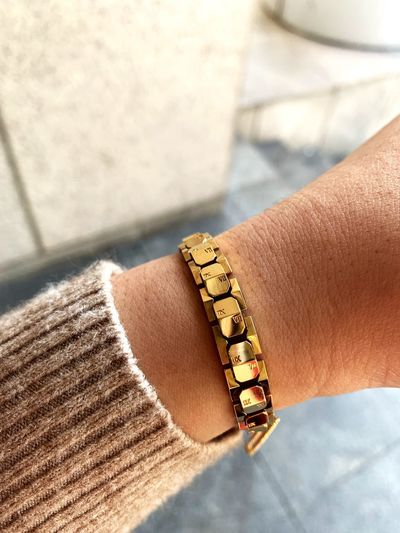 Gold ,,, Gold EyeEm Selects Human Body Part Human Hand Hand Real People Jewelry Bracelet First Eyeem Photo