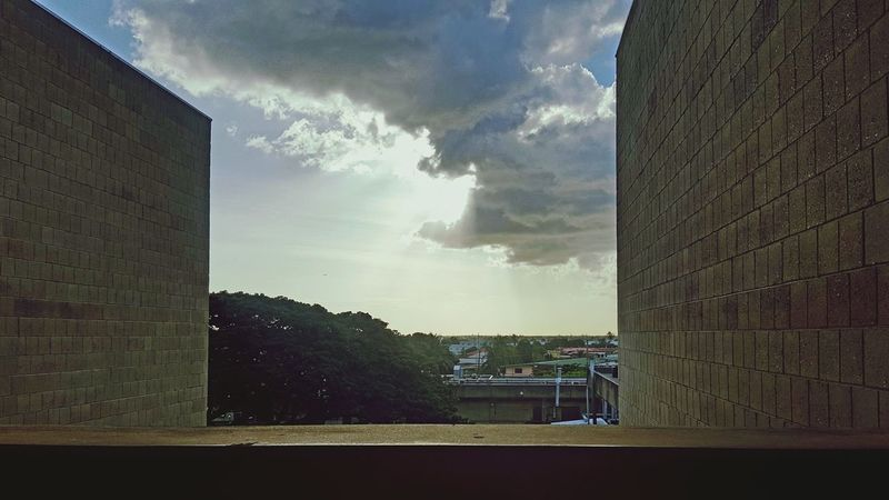 Perspective Sky Architecture Beauty In Nature Trinidadian  Trinidad And Tobago Lighting Studying Hard Studying