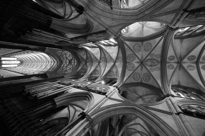 Inside Salisbury Cathedral Cathedral Salisbury Cathedral  Architectural Column Architectural Feature Architecture Architecture And Art Art And Craft Belief Black And White Blackandwhite Building Built Structure Ceiling Cupola Design Indoors  Low Angle View Pattern Place Of Worship Religion Spirituality