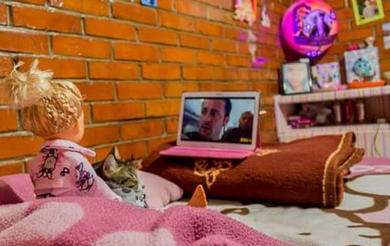 Serie Fotografica Un Día De Mi Vida Te Lo Cuento Con Una Muñeca Foto 14 Vemos Nuestra Serie Favorita Max Y Yo ❤️