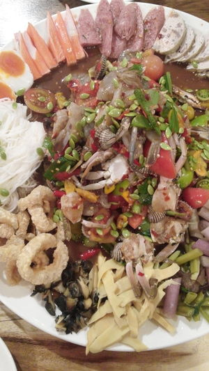 mix salad Fermenting EyeEmNewHere. EyeEmNewHere Fermentation Somtum Thai Styles Thai Foods Healthy Eating Healthy Lifestyle Papaya Salad Mix Seafood Salaf Plate Close-up Food And Drink Served Serving Dish Shrimp Serving Size Dish Prepared Food Squid