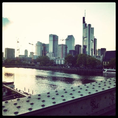 My kind of city Mainhatten Frankfurt Skyline Cityscapes Cityscape Frankfurt Am Main Main