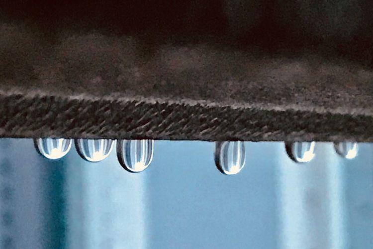 새벽에 비가 왔었나봐 raindrop winter iPhoneography Rain Rainy Days leechangwon 비 새벽비
