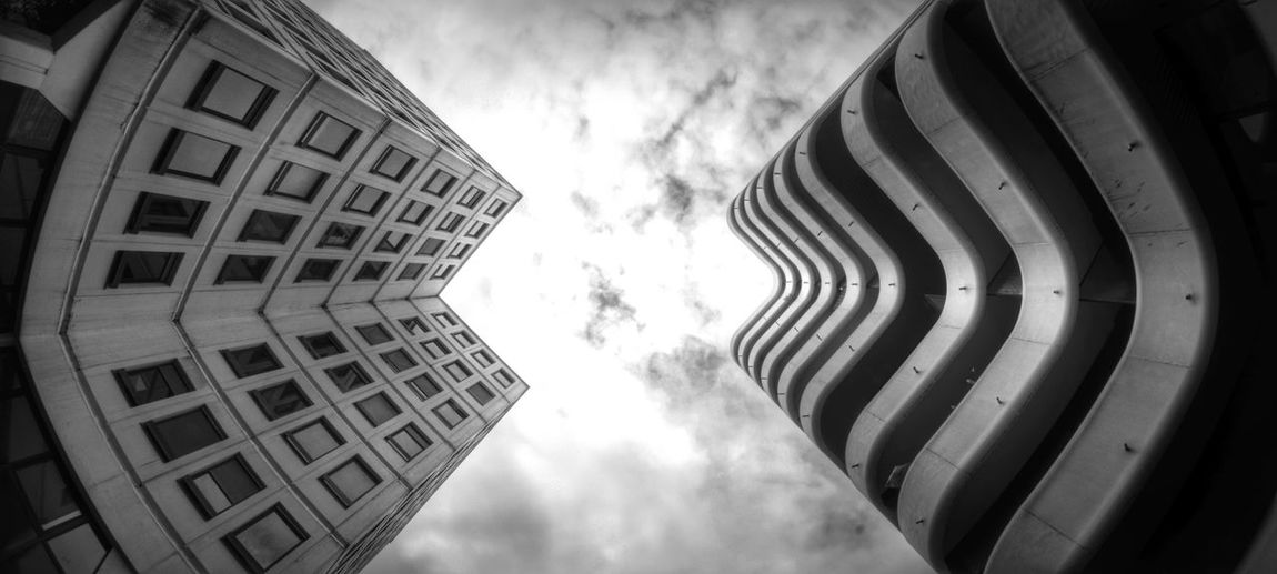 Meriadeck : les deux tours / Meriadeck : The two towers Bordeaux Black & White Blackandwhite Buildings Architecture Architecture_bw Lookup Lookingup France Fisheye