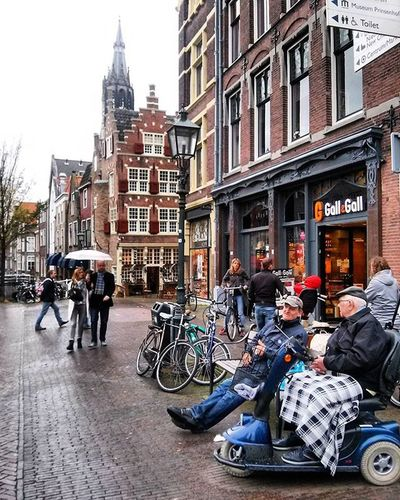 Life in Delft, a nice town near Amsterdam. Worldpeople TheWanderluster Netherlands