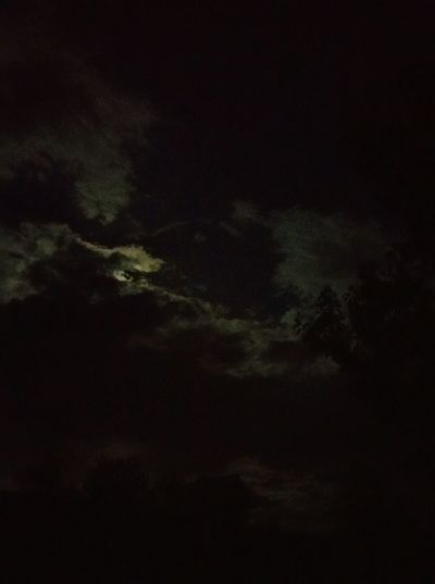 Cloudy Night Sky Moon Night Moonlight Night Moon Moon Shots Peaceful Night Moon Lite Night