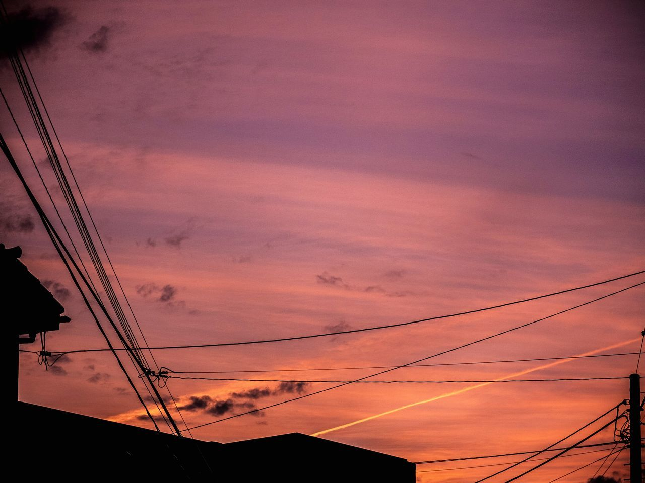 cable, sunset, connection, silhouette, power line, sky, power supply, cloud - sky, electricity pylon, no people, technology, nature, low angle view, electricity, beauty in nature, outdoors, telephone line, fuel and power generation, scenics