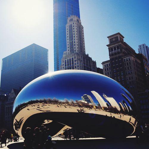 Sunny Afternoon in Chicago Millennium Park