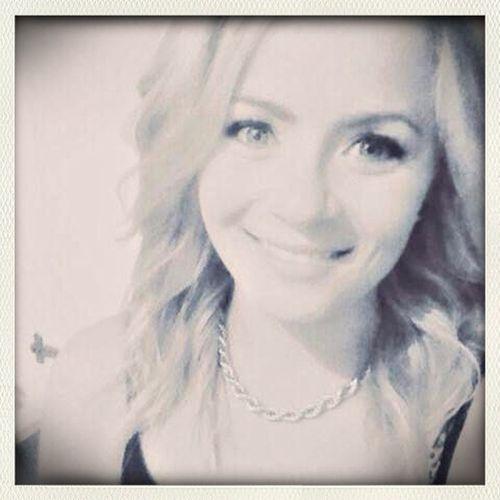 Ton sourire me fais fondre ! Blackandwhite Beauty Blonde