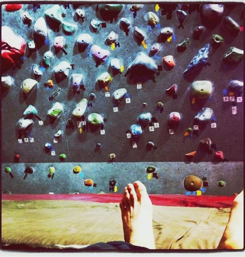 IPhone Keiichu クライミング ボルダリング Climbing Bouldering パンプアップ 終了 足元