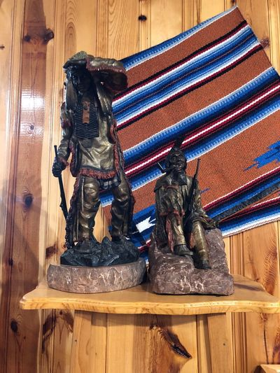 Girls Trip 2018 Crazy Horse Memorial No People Wood - Material Indoors  Pattern Still Life Art And Craft Craft Wood Creativity Close-up