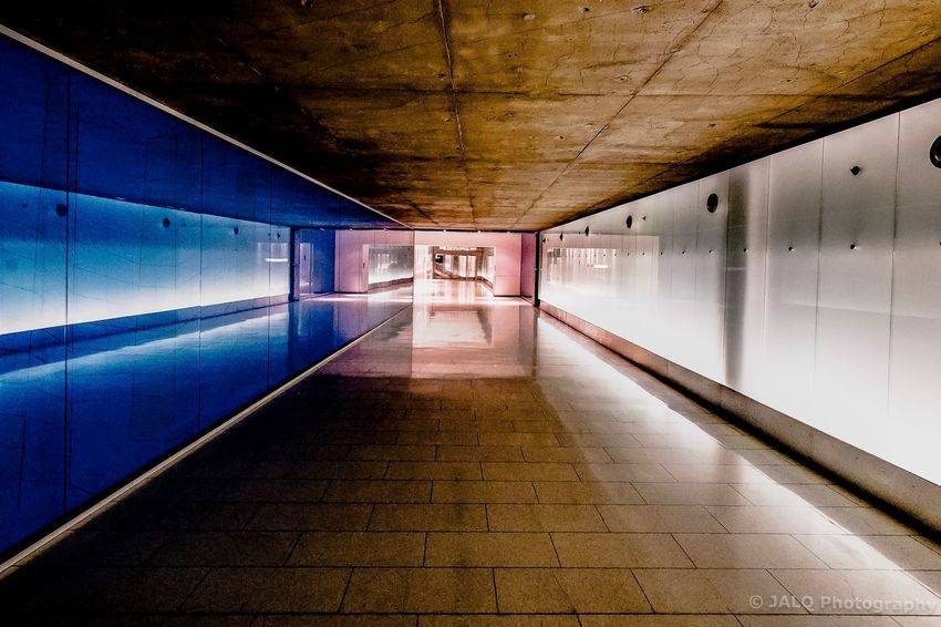 Reflection over reflections Architecture Architecturelovers Architectural Design Interior Views Interior Interior Design Concrete Montreal, Canada Montréal City Underground Corridor Indoors  Architecture The Way Forward Illuminated Built Structure No People Symmetry Day