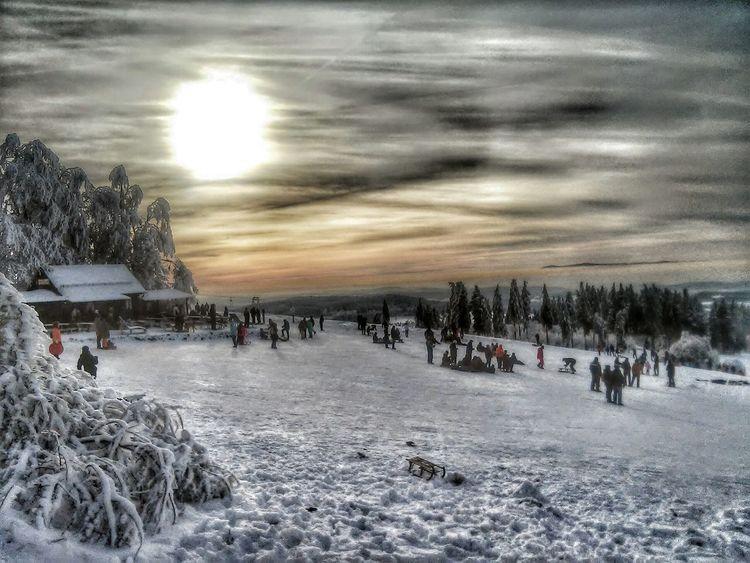 Hoherodskopf Winter Schlittenfahren Schnee *-*