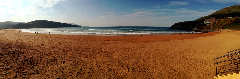 Muskiz MolaPlaya De La Arena Beachphotography Lifes A Beach Bizkaia Summertime Enjoying The Sun Sunny Afternoon Sunny Day
