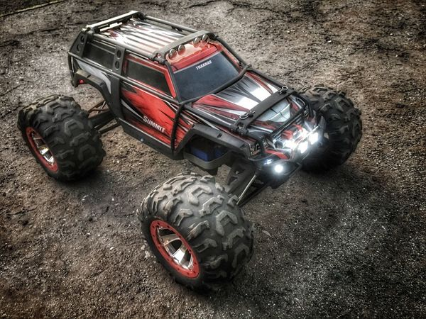 Traxxas Summit Radio Controlled Hobby AWD  Electric HDR Dirty Toys Big Tires Mud All Terrain