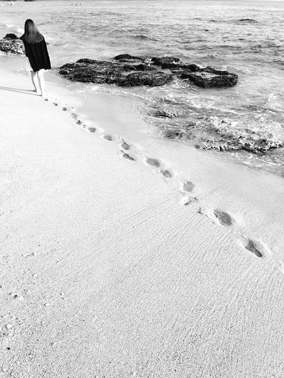 Being A Beach Bum Sea Relaxing Enjoying The Sun Monochrome Blackandwhite