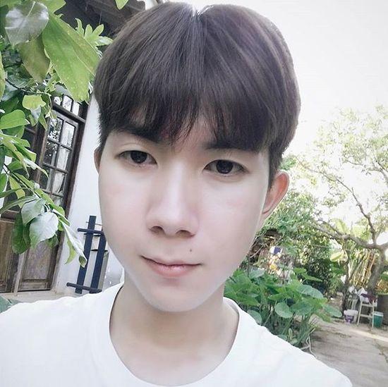 Đáp ứng nhu cầu của anh sếp 😑😑😑 mà nhụm được quả màu ưng ý ! 😥😥 Vietnamboy Vietnam Boy Chinaboy Asian  Selfie Beauty Boys Cool Followme Funny Happy Heart Hot Instaman Male Males  Man Me Men Great