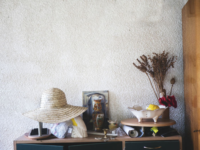 Farm Farm Life Rustic Arrangement Choice Collection Container Crockery Cup Decoration Drink Europe Food And Drink Hat Home Interior Indoors  Large Group Of Objects Mug No People Plant Still Life Table Variation Vase Wall - Building Feature