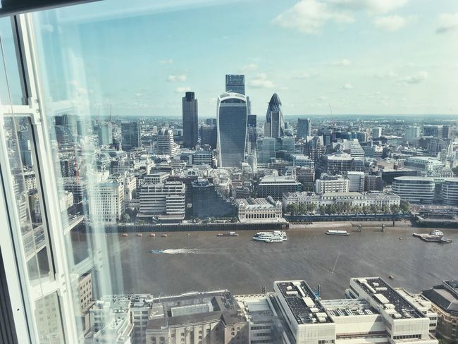 Beautiful London London Thames River Good Morning The Shard Views View From The Shard The Architect - 2016 EyeEm Awards The Street Photographer - 2016 EyeEm Awards London Lifestyle