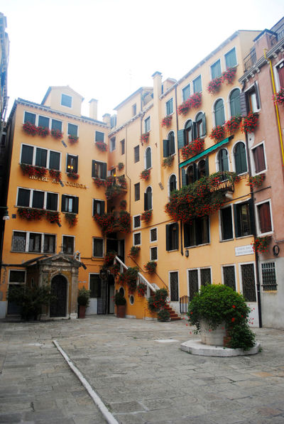 Apartment Architecture Balconies Building Exterior Façade Flowers Italianarchitecture Italy No People Residential District Venecia Venice Yellow