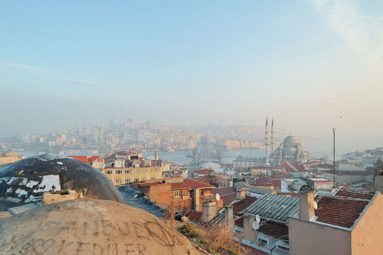 View of Istanbul from a secret rooftop during the morning golden hour. Bosphorus Galata Tower Huffington Post Stories Istanbul Istanbul - Bosphorus Istanbul City Metropolis Mosque Mosque Turkey Showcase: February Travel Photography Turkey Turkeyphotooftheday Urban Landscape