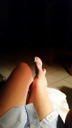 Comfy.... JustMe Legs Sexy Legs Tattooed Barefoot Bareskin Comfy  Bare Feet Mylegs