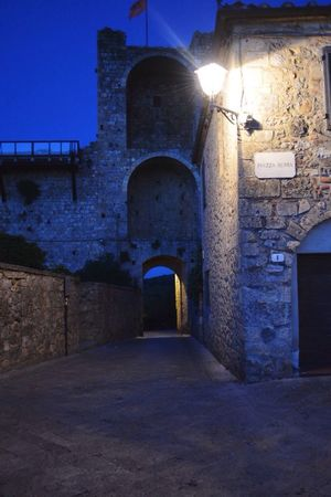 Monteriggioni Toscana Italia Italy Tuscany Tuscanygram Tuscany Countryside Night Night Lights Night View Night Photography Tuscany Landscape Tuscanymylove EyeEm Best Shots EyeEm Gallery EyeEm Best Edits EyeEmBestPics