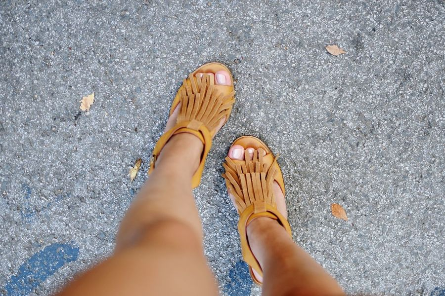 Shoes Legs Feet Feetselfie Feet On The Ground Heels Camelcolor Brown Sandals Summer Shoes  Footwear Pedicures
